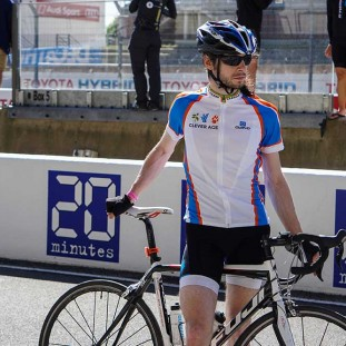Equipe Clever Age 24h du Mans Velo photo 3