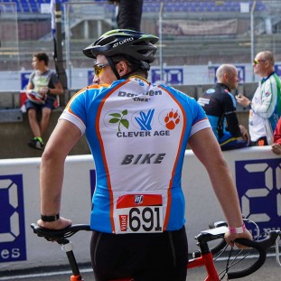 Equipe Clever Age 24h du Mans Velo photo 4