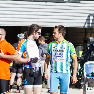 Equipe Clever Age 24h du Mans Velo photo 6